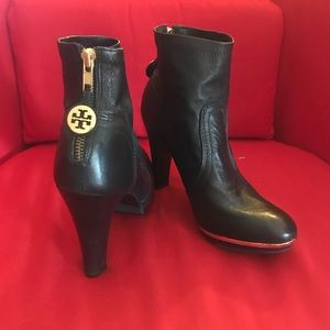 Tory Burch round toe ankle boots